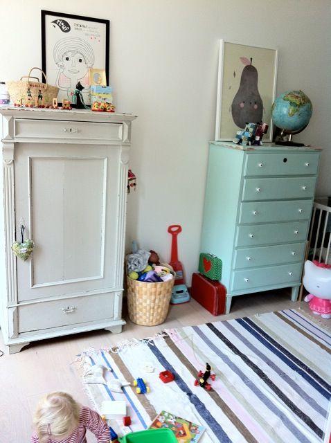 Children's room - Vintage wardrobe - Mimi's Blog