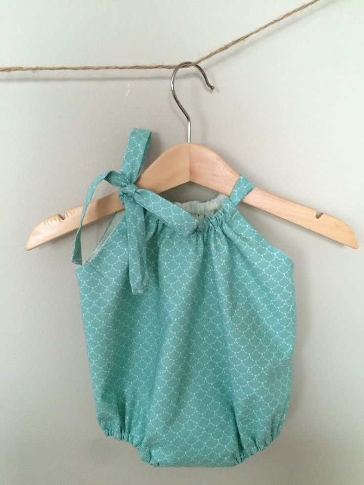 Etrala London Blog : DIY: Baby Romper (Eng / Esp)