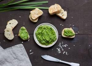 Green Garlic & Spinach Pesto via California Olive Ranch  @caoliveranch   #CORgreen