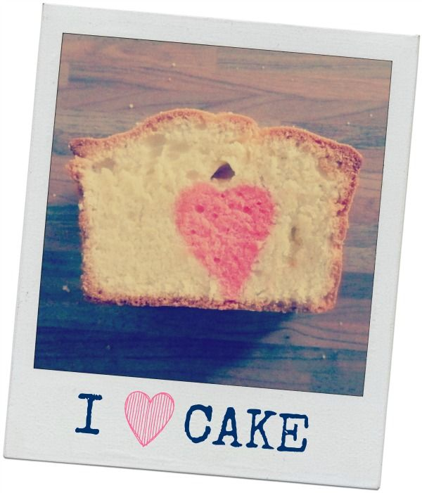 How-to: cake met gekleurd hartje in het midden bakken. (how-to: cake with pink heart in the middle).
