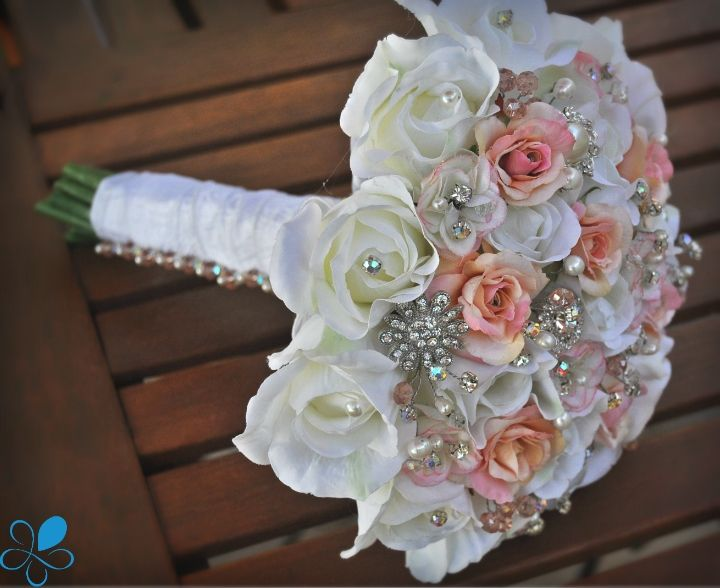 Princess Rose - Blue Petyl Bouquets #wedding #bouquet #roses #pink