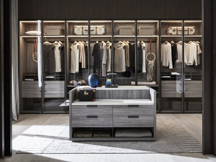 Amazing Gliss Master, In The Sophisticated Version Without Doors, Becomes An  Accessorised Walk In Closet That Can Be Set Up In Linear And Corner  Solutions.