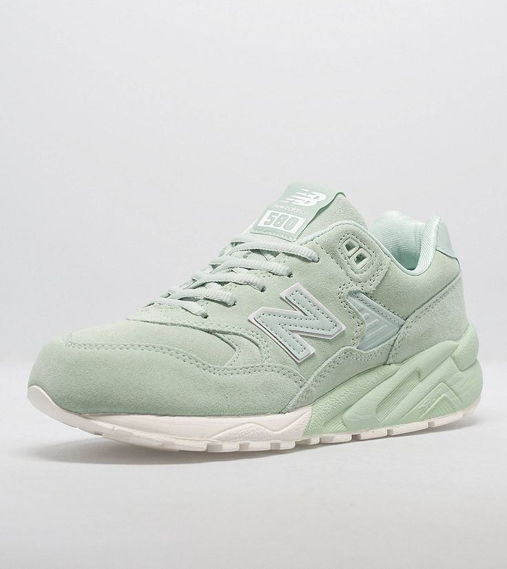 New Balance 580 Women's - find out more on our site. Find the freshest in trainers and clothing online now.