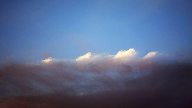 Como si fueran olas / As if they were waves ©enruco ___ #雲 #sky #cielo #nube #cloud #olas #fotografia #foto #fotograf #fotoğraf #ph #photo #photography #photographer #photoart #pic #picsart #picture #enruco #arte #art #fire #fuego #artist #abstractart #abstract #abstraction #abstracto #abstractphotography #ComoSiFueranOlas