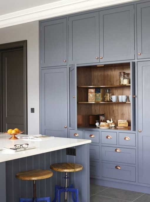 By now you will know how much I love an English kitchen so I thought I'd start this Surrey hous...