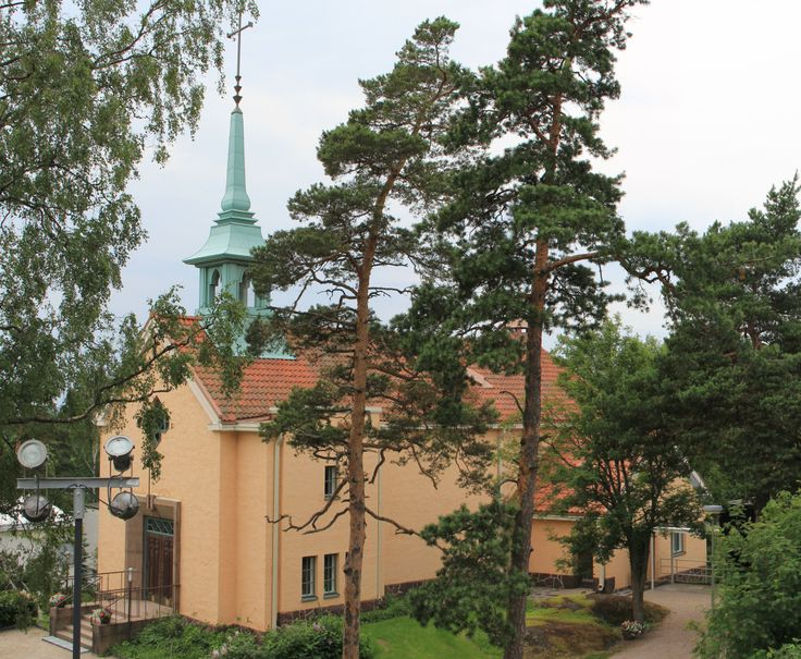 Kulosaari Church Was Built In 1935 In A Mix Of Architectural Styles Emphasizi