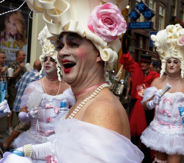 A yearly recurring event in Amsterdam where men dress up as women and vice a versa