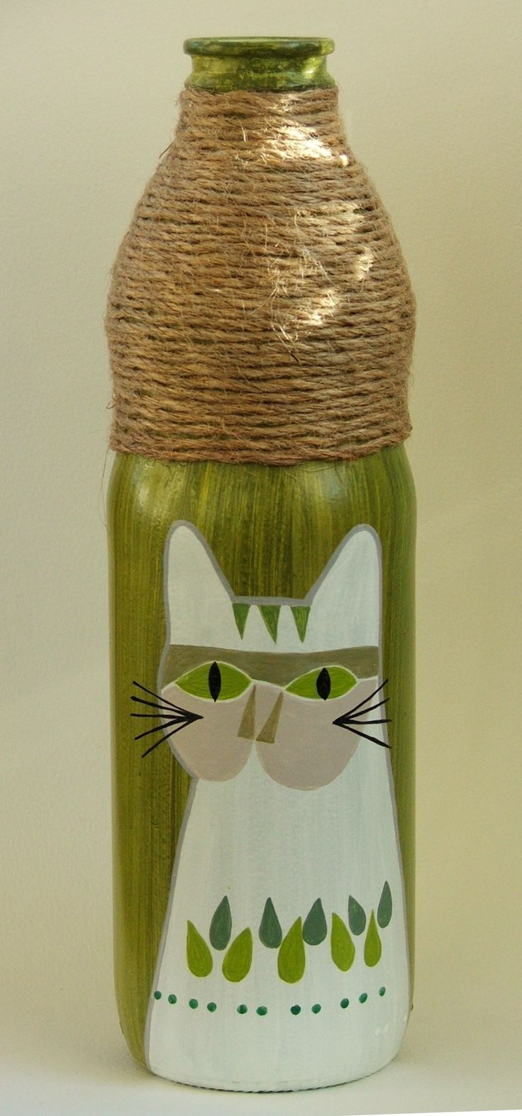 Botella pintada, $70 en https://ofeliafeliz.com.ar