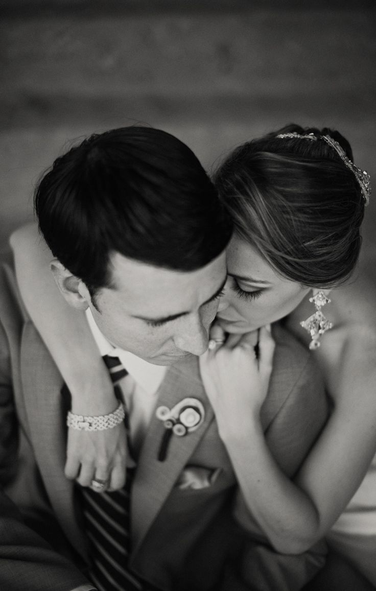 this is the epitome of a beautiful, loving, well done wedding photo: