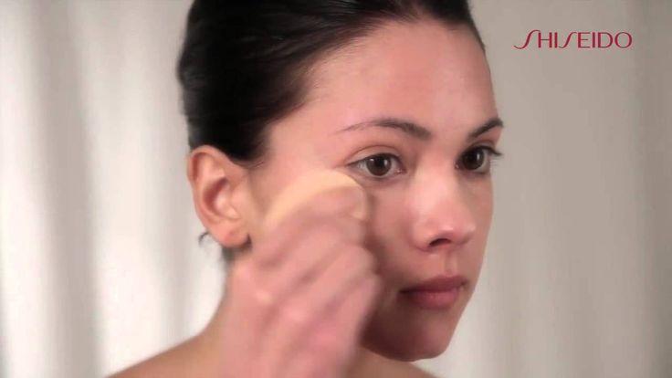 Tutorial Make up - Come applicare il Fondotinta Liquido