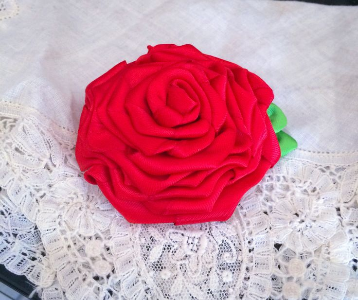 "2"" Ribbon Rose hair clip perfect for Rockabilly/ psychobilly hair styles, kids' hair, party favors, fashion accessories by SwinginDollyCrafts on Etsy"