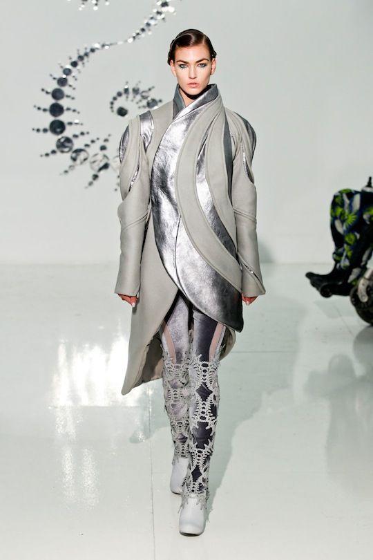 Three as Four RF12 0341Fashion Weeks, Erat Elites, Textilessurfac Design, Rf12 0341, Textiles Surface Design, Erratic Elites, Spaces Age, Fall 2012, Fashion Obsession