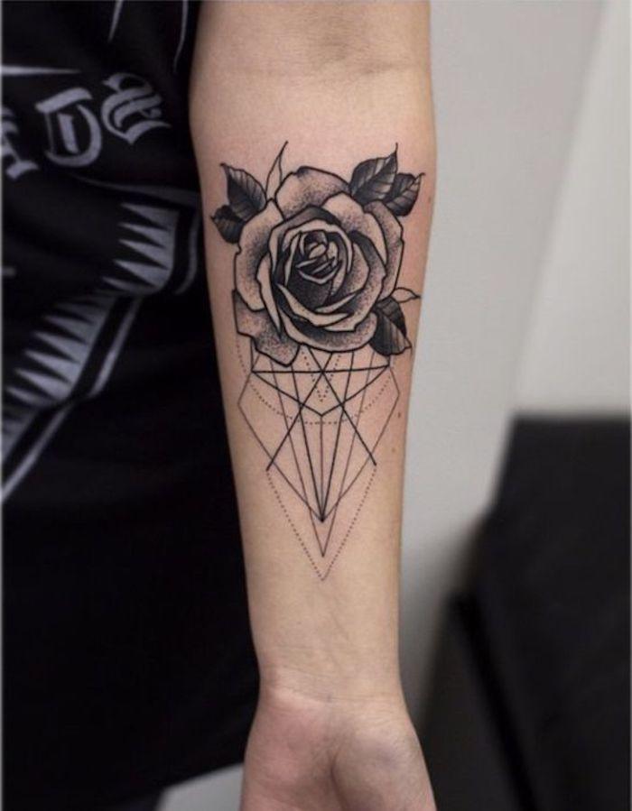 as 25 melhores ideias de tatuagem rosa preta no pinterest tatoo tiny tatoo e tatoo travel. Black Bedroom Furniture Sets. Home Design Ideas