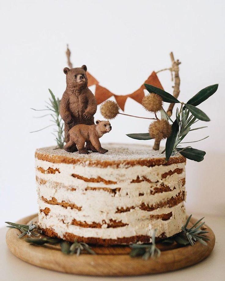 Ich bin ein bisschen verknallt in R's Woodland Geburtstagskuchen … – #Birthday #cak #crush #R …   – Backen