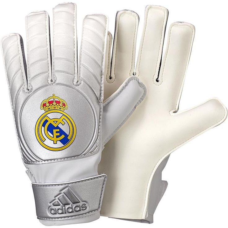 17 Best ideas about Real Madrid Goalkeeper on Pinterest ...