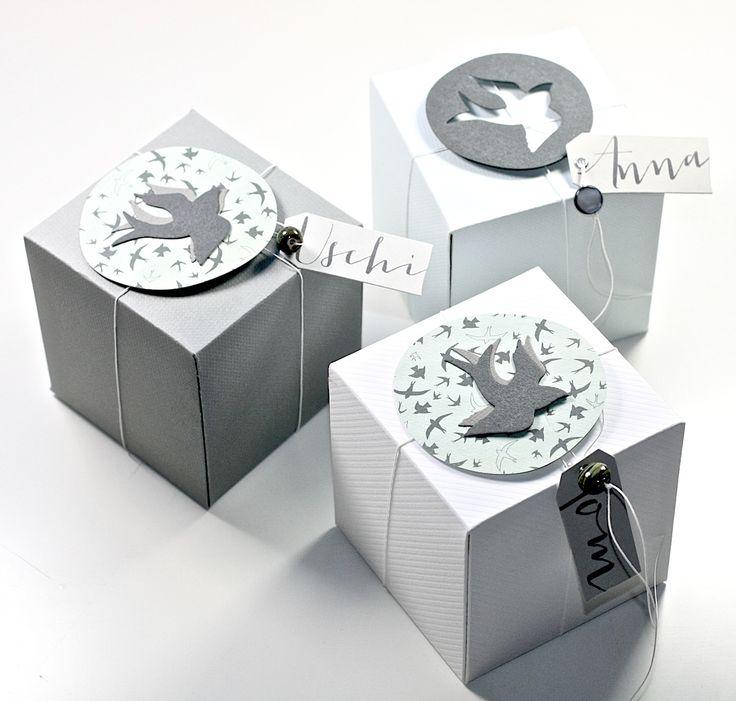 ein großes Thema zu dieser Jahreszeit. Diese kleinen Boxen sind Tischkärtchen und Gastgeschenk zugleich.    DP aus dem aktuellen Kit vom Ste...