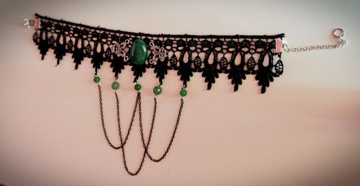 """Dark Emeralds"" Choker"