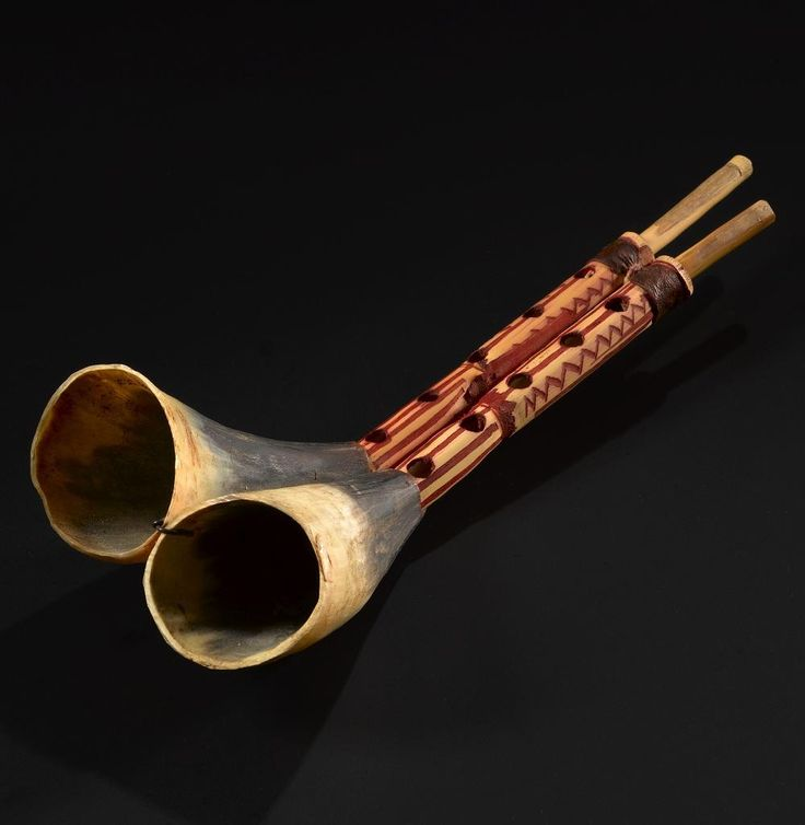 Zamr or double hornpipe consisting of a pair of horn pipes joined to a double reed: Morocco, Foum el Ancur, 20th century © National Museums Scotland