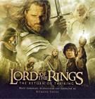 2 - Aunque la primera edición de 'El Señor de los Anillos' se publicó en 1954, Tolkien tardó doce años en terminar esta obra, que en un principio iba a ser una simple secuela de El Hobbit. Originalmente fue escrita como un único volumen, pero por motivos editoriales se decidió publicar 'El Señor de los Anillos' en tres partes: 'La Comunidad del Anillo', 'Las Dos Torres' y 'El Retorno del Rey'. Se estima que esta obra de Tolkien ha superado ampliamente los 150 millones de ejemplares vendidos.