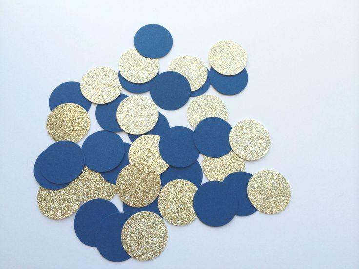 ROYAL BLUE e GOLD Glitter Confetti.  Circle Confetti per matrimoni, feste di compleanno Decor, docce nuziale, tabella di PaperTrailbyLauraB su Etsy https://www.etsy.com/it/listing/200171297/royal-blue-e-gold-glitter-confetti