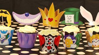 Lots of ideas and free printables for alice in wonderland party