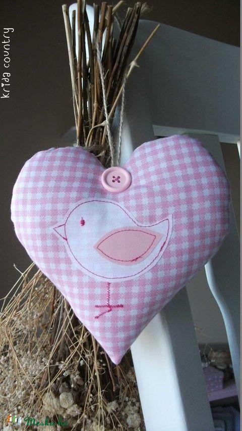 Meska - Madárka (rózsaszín) - vidéki romantika szív kridacountry kézművestől