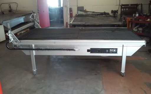 4ft x 8ft CNC plasma/ Milling table with water table, floating heading with machine torch holder, and auto torch height controller.includes dremel mount aslo.