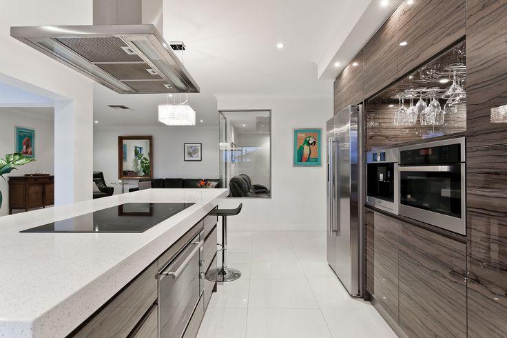 La ristrutturazione cucina è fondamentale nel  rifacimento dell'abitazione. Scopri le novità e le proposte per ristrutturare la cucina.