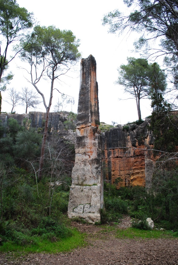 Located in rural Catalonia, nine kilometres north of the city of Tarragona, is the Mèdol quarry.