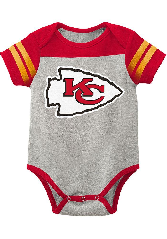 5e0d559a Kansas City Chiefs Baby Grey Lil Blocker 2.0 Short Sleeve One Piece ...