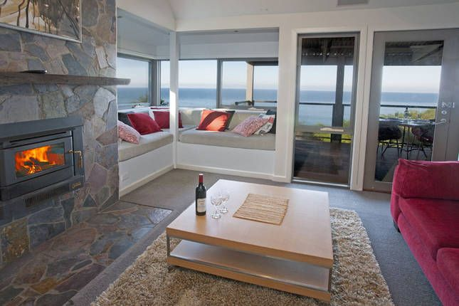 Points South by the Sea - Apollo Bay - Great Ocean Road $250-300 per night for 4 people