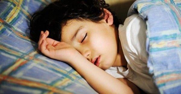 Ροχαλητό και υπνική άπνοια στα παιδιά ρίχνουν τους βαθμούς στο σχολείο - http://biologikaorganikaproionta.com/health/193917/