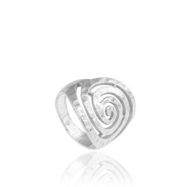 This hammered sterling silver chunky ring is inspired by the famous greek design the Circle of Life. Symbol of unity and all things eternal in the universe, this statement ring is a perfect gift idea for expressing your love and devotion to your loved ones. The shinning and cool sterling silver will match perfectly with your business outfits, adding a flair of elegance and grace. For evening appearances combine it with a greek design sterling silver necklace.