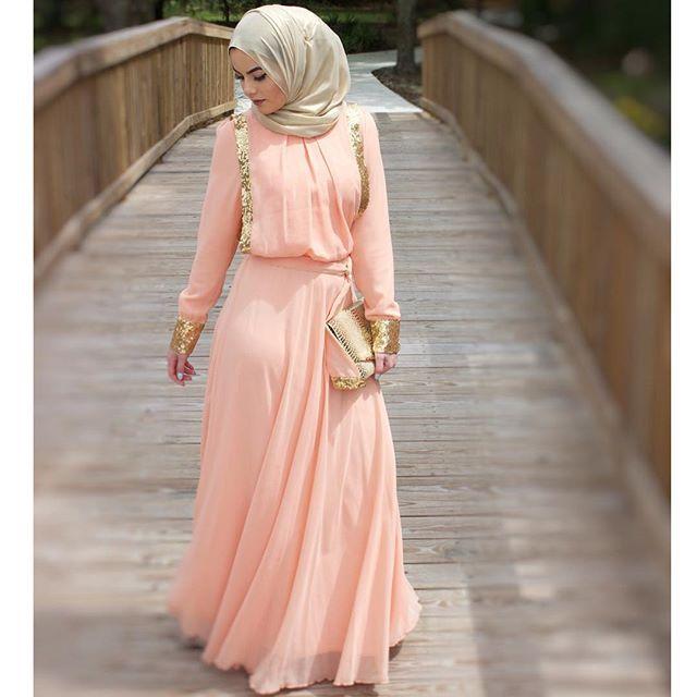 Pinned via Nuriyah O. Martinez | dress by @hijabsforher O M A Y A | Z E I N @omayazein Layale evening ch...Instagram photo | Websta (Webstagram)
