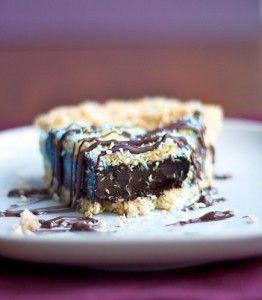 Frozen Samoas Chocolate Pie on Chocolate-covered Katie at http://chocolatecoveredkatie.com/2013/03/08/samoas-girl-scout-cookie-pie/