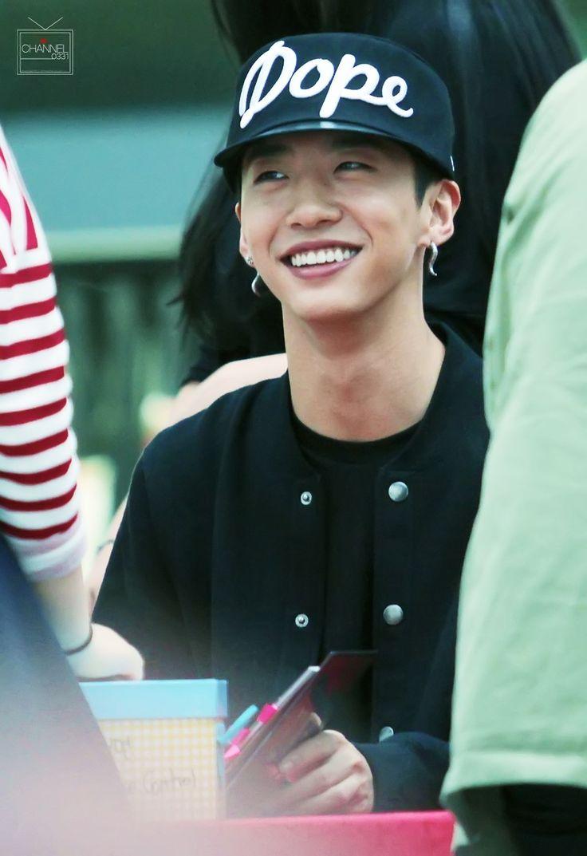 bap yongguk smile - photo #7