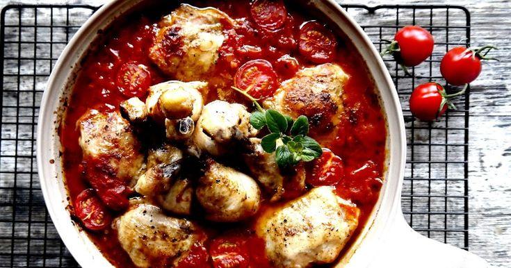 Udka kurczaka w pomidorach z piekarnika