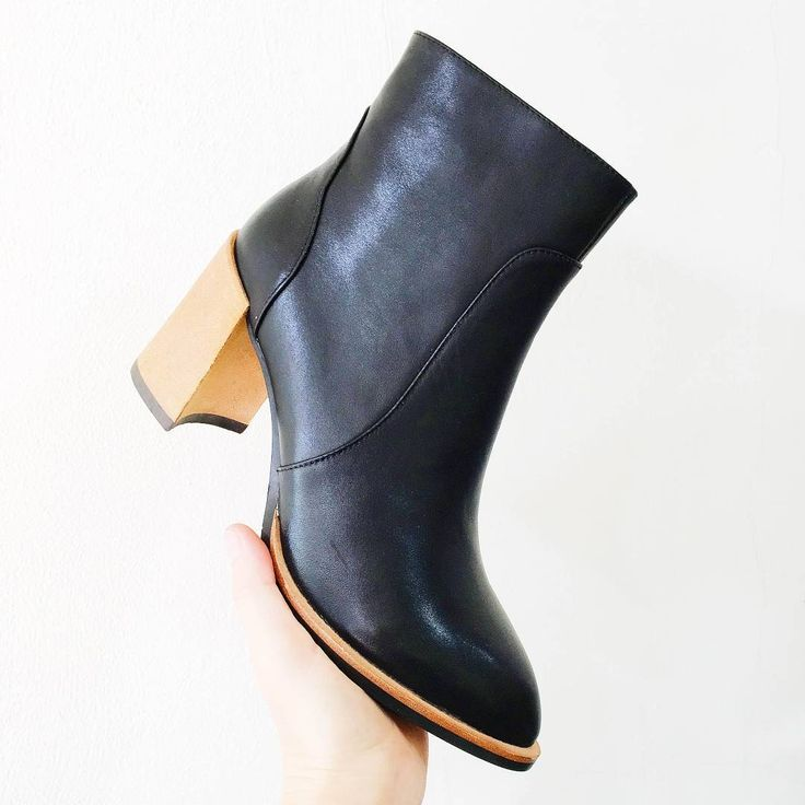 Magnini brilliance! CLEO is now in store! #EvansShoes #Shoes #Boots #Love