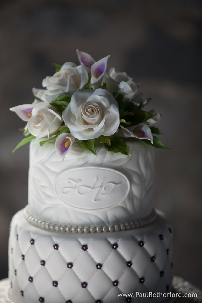 wedding cakes and desserts by sugar delites in manistee michigan