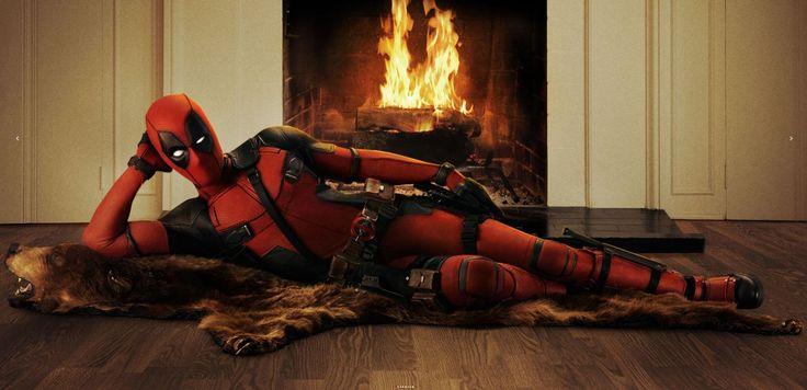 2.3) Foto's die aantonen hoe de sfeer van de film gaat zijn. Plus in dit geval laten ze deadpool een onnatuurlijke ''hero'' pose aannemen voor het haardvuur.