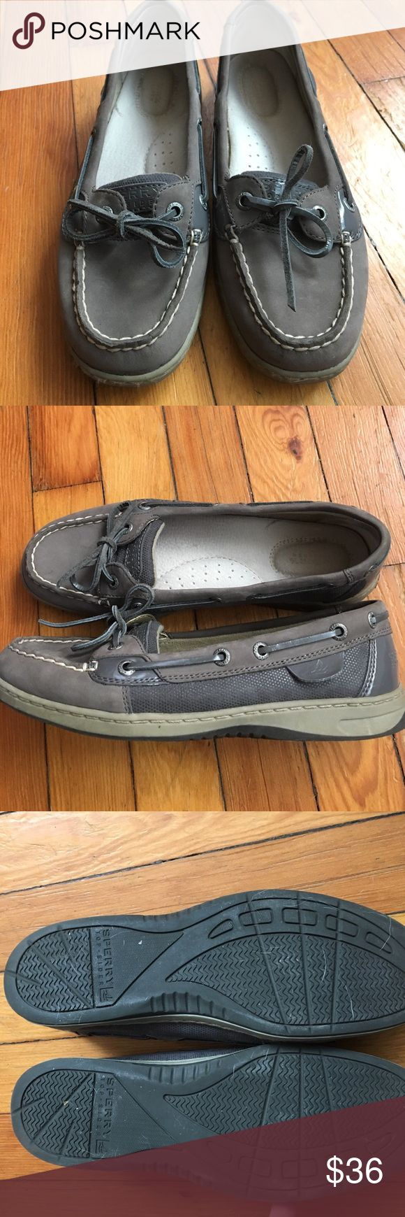 Sperry Angelfish women's size 7 Great condition Women's sperry angelfish. Grey leather with patent accents. Clean soles. Size 7 Sperry Top-Sider Shoes Flats & Loafers