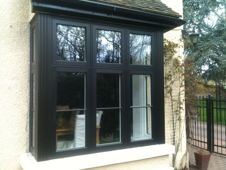 Stylish black pvc bay window by frame force fenetre for Moulure pvc fenetre