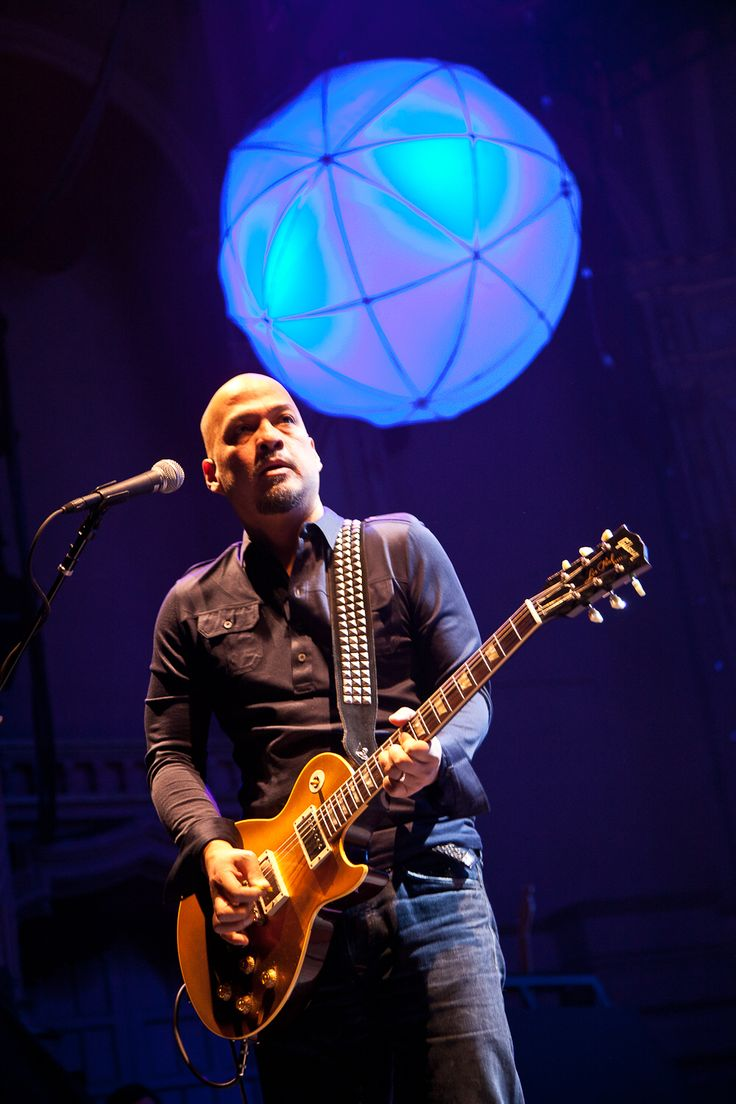 Joey Santiago - Pixies