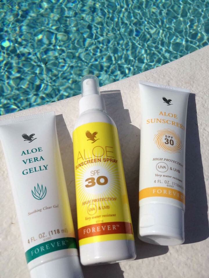 Be summer ready with the perfect sun protectors. Spf 30 - UVA & UVB & Aloe Gelly which when kept in the fridge becomes a cooling after sun ☀️ with all containing Aloe (obviously ☺️) - it's been known to keep mossies at bay! www.sarahnorton@flppro.biz/shop