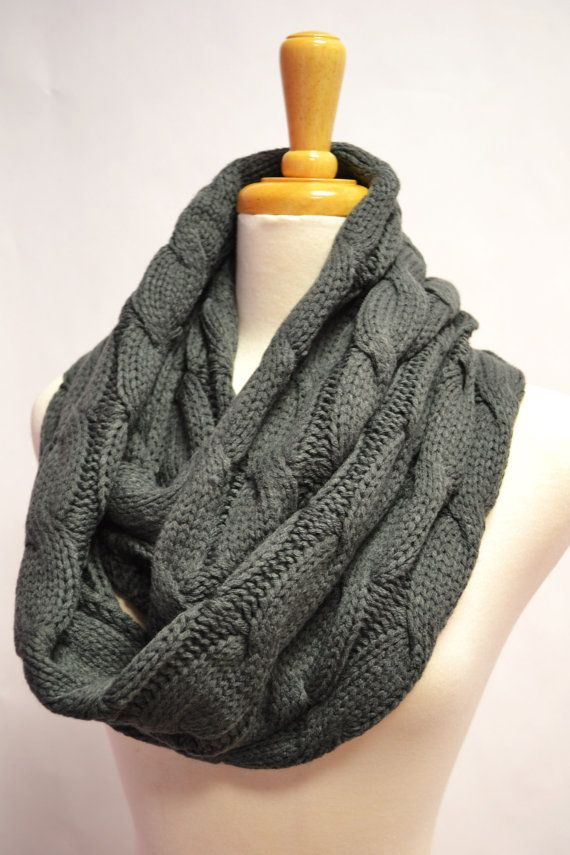 Chunky Knitted Loop Infinity Circle Scarf Cable Pattern Snood Cowl Women's Fashion Accessory