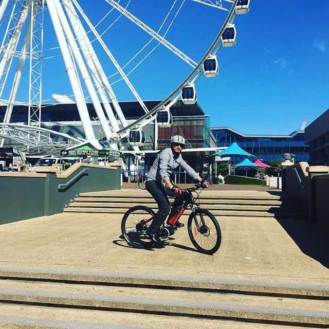 Having fun on the #merida at #southbank . The #wheelofbrisbane makes a nice backdrop 🚲🎡😎 #loveriding #electricbikesbrisbane #electricbike #ebike #brisbane #toowoomba #ipswich #sunshinecoast #goldcoast #brisbanecyclist #brisbanecycling