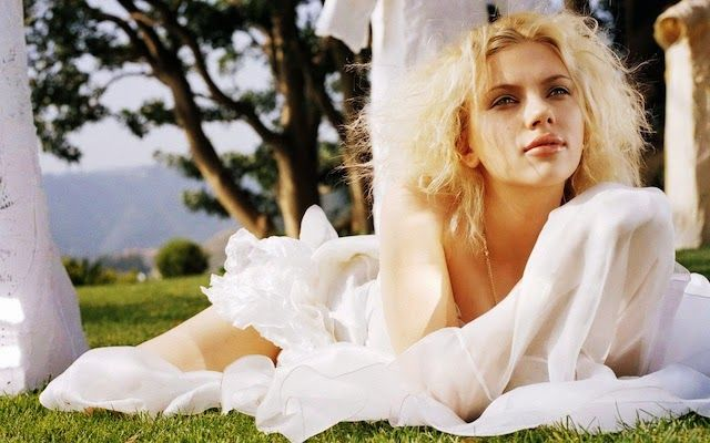 20 Sexy HD Wallpapers of Scarlett Johansson