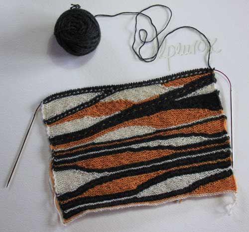 pretty rows of knitting using short rows Farbenrausch - Alpis bunte Welt: Etüde mit Stricknadeln