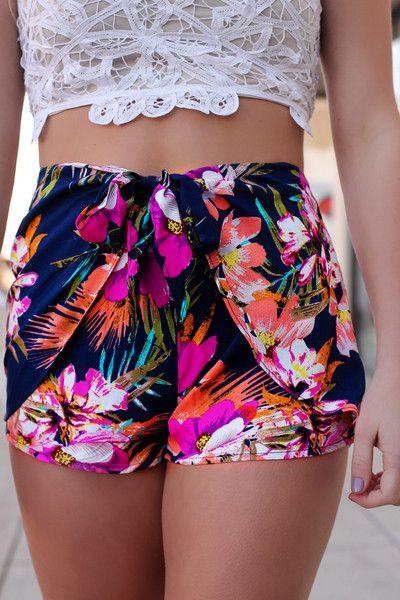 Hawaiian Print Shorts | UOIonline.com: Women's Clothing Boutique