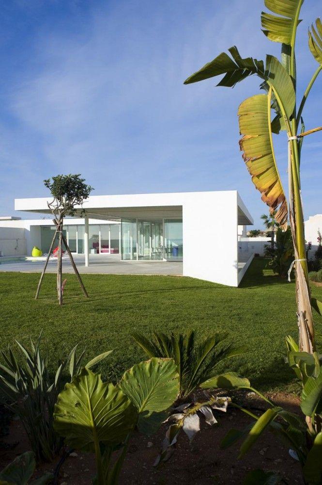 Villa GM - Architect: Architrend Architecture Location: Marina di Ragusa, Sicily, Italy